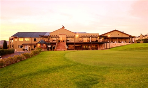 Cape Winelands: Couples 2-Night Weekend Retreat Including Breakfast, Game Drive, Couples Massage & Bottle of Wine at Devonvale Golf and Wine Estate