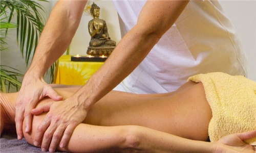 Couples 60-Minute Thai/Swedish Massage from Spachang Traditional Thai Massage Spa
