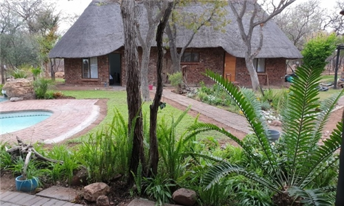Bela Bela: 1 or 2-Night Stay for Two Including Breakfast, Bottle of Wine & Jacuzzi at Tash Luxury Game and Conference Lodge