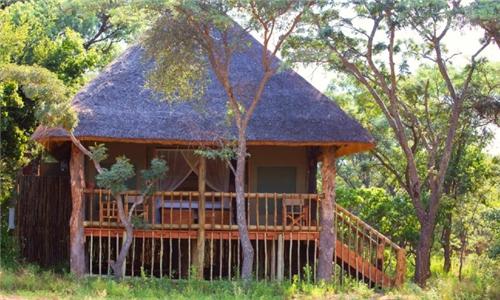 Kruger Park: 2-Night Kruger Family Safari Including All Meals & 2 x Big 5 Safaris at Honeyguide Ranger Camp Limpopo