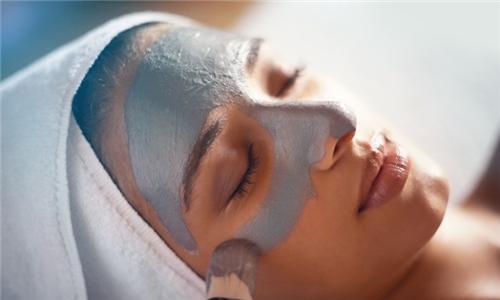 Derca Facial Treatment from Toby D FatFreeze Clinic