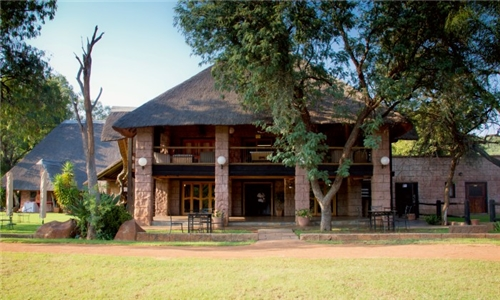 Gauteng: 2-Night Stay for Two Including Breakfast at Zebra Country Lodge, Cullinan