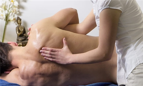 Choice of Regimented Stretching Sessions and Massage from Physio 4 U