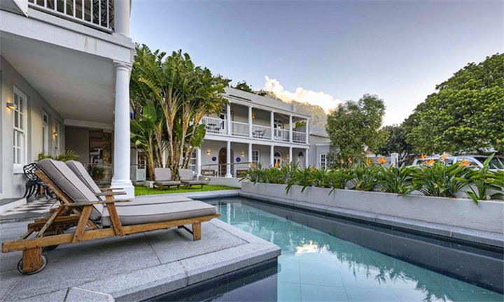 Cape Town: 1 or 2-Night Stay Including Breakfast for 2 at The Three Boutique Hotel