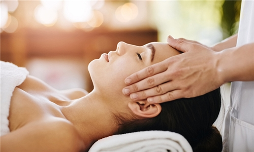 40-Minute Head Massage with Foot Massage at Mangwanani Boutique Spa at The Pivot
