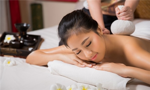 Full Body Thai Oil, Swedish or Aromatherapy Massage from Oriental Spa