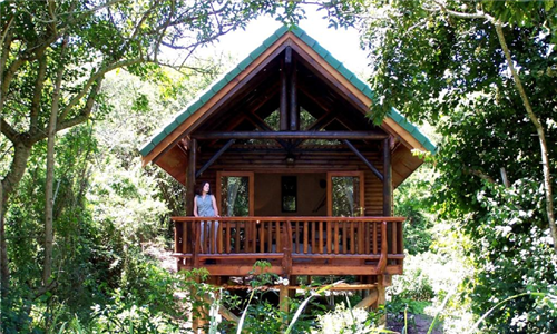 Port Elizabeth: 1 or 2-Night Self-Catering Stay for up to Four at Thunzi Bush Lodge