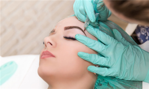 Online Course: Eyebrow Microblading from Janets