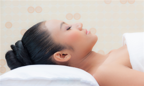 Spa Combo Package: Classic Facial and Indian Scalp Massage at Serene-destiny Spa