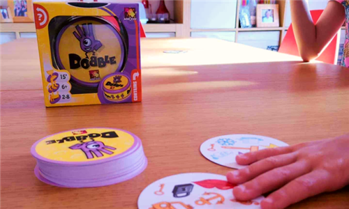 Asmodee Dobble Junior – Card Game for Kids Including Delivery
