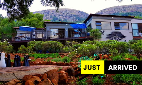 1-Night Midweek Bed and Breakfast for Two Including Refreshments, Mountain Hike & Jacuzzi at Magalies Mountain Lodge