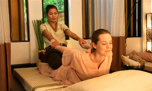 60-Minute Thai Yoga Massage at Flow Wellness