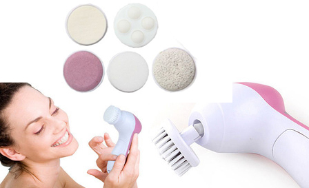 6-in-1 facial cleansing massager for R169, including delivery (save 50%)