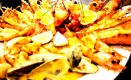 Seafood platter with linefish, prawns, mussels and more from R225 for 2 at Harbourview Restaurant, Simon's Town (save up to 53%)