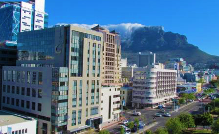 Cape Town: 2-night self-catering breakaway for 2 for R1199 at Dockside Apartments (save 60%)