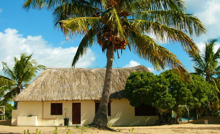 Mozambique: Self-catering cottage for up to 8 people at Sunset Lodge, from R3199 for 5 nights (save 60%)